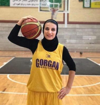 دختر کردستانی تیم بسکتبال شهرگرگان کتابخوان حرفهای است / کرمی: سعی میکنم رنگی نشوم